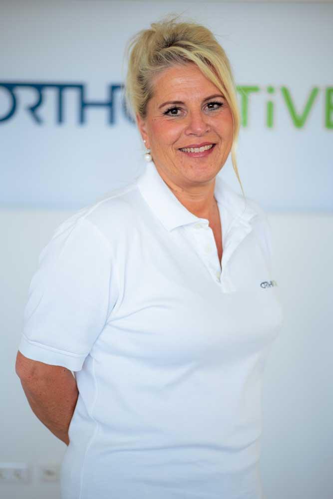 Empfang Sabine Stute-Wingensiefen bei OrthoActive Physiotherapie in Langenfeld