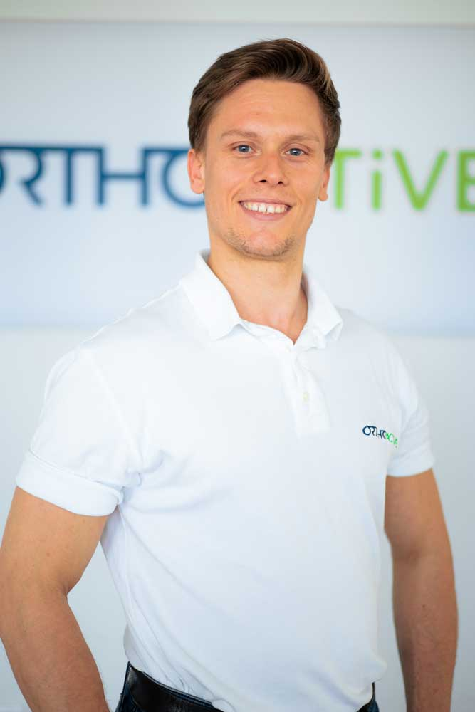 Geschaeftsführer Daniel Schumacher bei OrthoActive Physiotherapie in Langenfeld